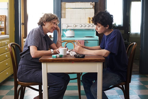 Annette Bening and Lucas Jade Zumann in 20TH CENTURY WOMEN. Photo by Merrick Morton, courtesy of A24.