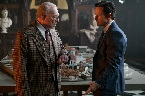 Christopher Plummer (left) and Mark Wahlberg star in TriStar Pictures' ALL THE MONEY IN THE WORLD. Photo Credit: Giles Keyte, ©2017 ALL THE MONEY US, LLC. ALL RIGHTS RESERVED.