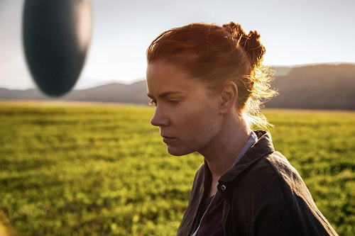 Amy Adams as Louise Banks in ARRIVAL by Paramount Pictures Photo credit: Jan Thijs © 2016 PARAMOUNT PICTURES. ALL RIGHTS RESERVED.