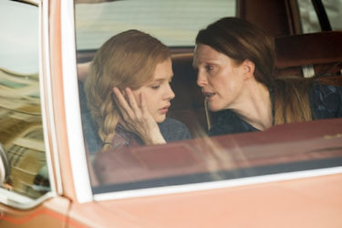 Chloe Moretz and Julianne Moore in Carrie. 2013 Michael Gibson / Sony Pictures.