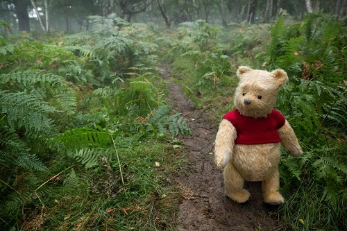 Christopher Robin, image courtesy Walt Disney Studios Motion Pictures.