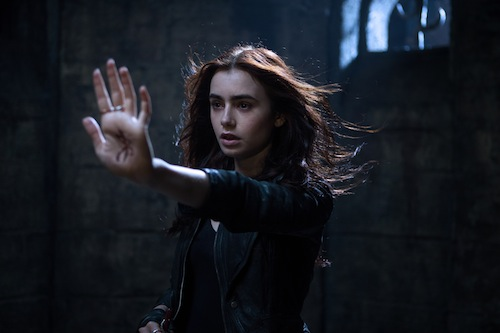 Clary Fray (Lily Collins) in MORTAL INSTRUMENTS: CITY OF BONES. PHOTO BY:	Rafy COPYRIGHT:	2013 Constantin Film International GmbH and Unique Features (TMI) Inc. All rights reserved. ALL IMAGES ARE PROPERTY OF SONY PICTURES ENTERTAINMENT INC. FOR PROMOTIONAL USE ONLY. SALE, DUPLICATION OR TRANSFER OF THIS MATERIAL IS STRICTLY PROHIBITED.