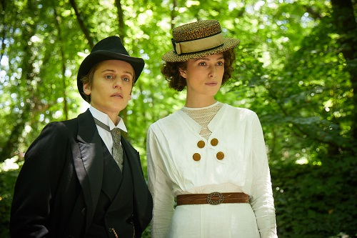 Denise  Gough  stars  as  Missy  and  Keira  Knightley  as  Colette  in  COLETTE,  a  Bleecker  Street   release. Credit: Robert Viglasky / Bleecker Street.