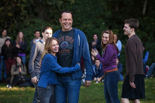 Britt Robertson as Kristen and Vince Vaughn as David Wozniak in Delivery Man. 2013 DreamWorks II Distribution Co.