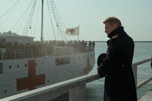 KENNETH BRANAGH as Commander Bolton in the Warner Bros. Pictures action thriller DUNKIRK, a Warner Bros. Pictures release. Photo credit: Melinda Sue Gordon.