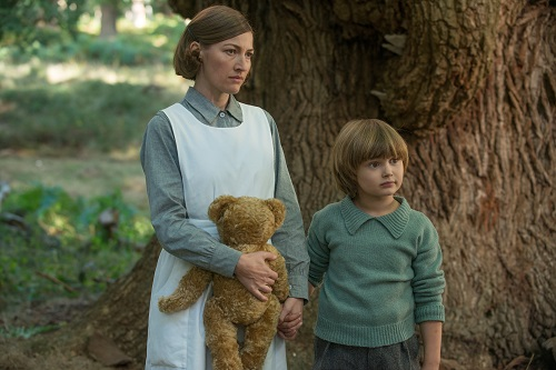 Kelly MacDonald and Will Tilston in the film GOODBYE CHRISTOPHER ROBIN. Photo by: David Appleby - © 2017 Twentieth Century Fox Film Corporation All Rights Reserved.
