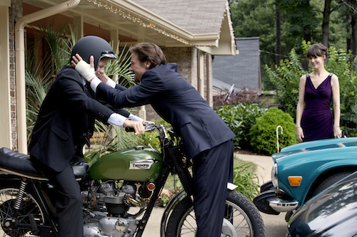 (l to r.) Teenager Ian Webb (Lucas Hedges) gets a safety-first sendoff from his parents Gary and Sue Webb (Jeremy Renner and Rosemarie DeWitt) in KILL THE MESSENGER, a Focus Features release. Credit: Chuck Zlotnick / Focus Features