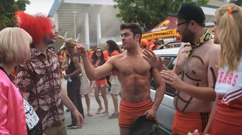 Ike Barinholtz, Rose Byrne, Seth Rogen, and Zac Efron in Neighbors 2: Sorority Rising (2016).  Photo courtesy Universal Pictures.