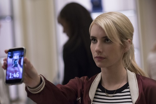 Emma Roberts stars as 'Vee' in NERVE. Photo Credit: Niko Tavernise.
