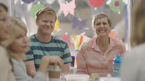 Jesse Plemons and Molly Shannon in Other People. Photo courtesy Vertical Entertainment/Netflix.