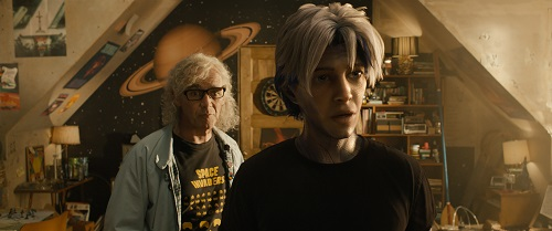 (L-R) MARK RYLANCE as Anorak and TYE SHERIDAN as Parzival in Warner Bros. Pictures', Amblin Entertainment's and Village Roadshow Pictures' action adventure READY PLAYER ONE, a Warner Bros. Pictures release. Photo Credit: Courtesy of Warner Bros. Pictures. © 2018 WARNER BROS. ENTERTAINMENT INC., VILLAGE ROADSHOW FILMS (BVI) LIMITED AND RATPAC-DUNE ENTERTAINMENT.