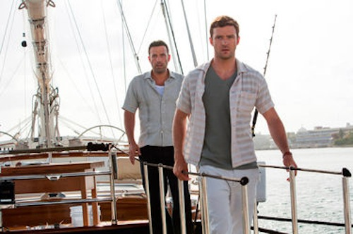 Ben Affleck as Ivan Block and Justin Timberlake as Richie Furst in Runner, Runner. 2013 Scott Garfield / Twentieth Century Fox.
