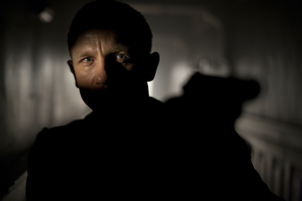 Daniel Craig stars as James Bond in Metro-Goldwyn-Mayer Pictures/Columbia Pictures/EON Productions' action adventure SKYFALL. PHOTO BY: Francois Duhamel COPYRIGHT: Skyfall ©2011 Danjaq, LLC, United Artists Corporation, Columbia Pictures Industries, Inc. All rights reserved.