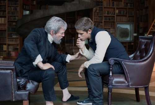 JEFF BRIDGES and BRENTON THWAITES star in THE GIVER Copyright: © 2014 The Weinstein Company. All Rights Reserved. / Photo: DAVID BLOOMER