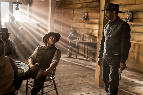 Chris Pratt and Denzel Washington in Metro-Goldwyn-Mayer Pictures and Columbia Pictures' THE MAGNIFICENT SEVEN. Photo courtesy Sony Pictures Entertainment INC., All Rights Reserved.
