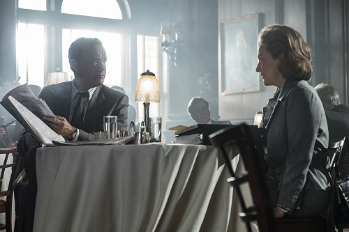 Tom Hanks (as Ben Bradlee) and Meryl Streep (as Kay Graham) star in Twentieth Century Fox's THE POST. Photo Credit: Niko Tavernise. © 2017 TWENTIETH CENTURY FOX FILM CORPORATION AND STORYTELLER DISTRIBUTION CO. LLC. ALL RIGHTS RESERVED.