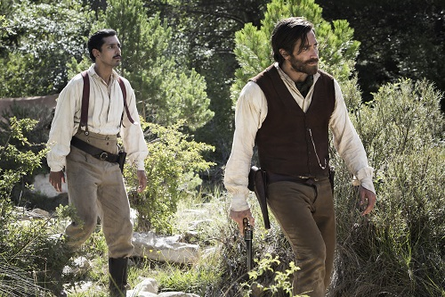 Riz Ahmed (left) stars as Hermann Kermit Warm and Jake Gyllenhaal (right) stars as Morris in Jacques Audiard's THE SISTERS BROTHERS, an Annapurna Pictures release. Credit : Magali Bragard / Annapurna Pictures.