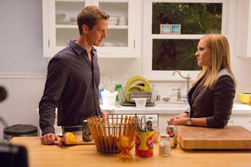 Jason Dohring as Logan Echolls and Kristen Bell as Veronica Mars in Veronica Mars.2014 Robert Voets / Warner Bros.