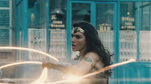GAL GADOT as Diana in the action adventure WONDER WOMAN, a Warner Bros. Pictures release. Courtesy of Warner Bros. Pictures, © 2017 WARNER BROS. ENTERTAINMENT INC. AND RATPAC ENTERTAINMENT, LLC.