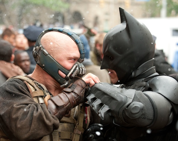 L-r: TOM HARDY as Bane and CHRISTIAN BALE as Batman in Warner Bros. Pictures' and Legendary Pictures' action thriller