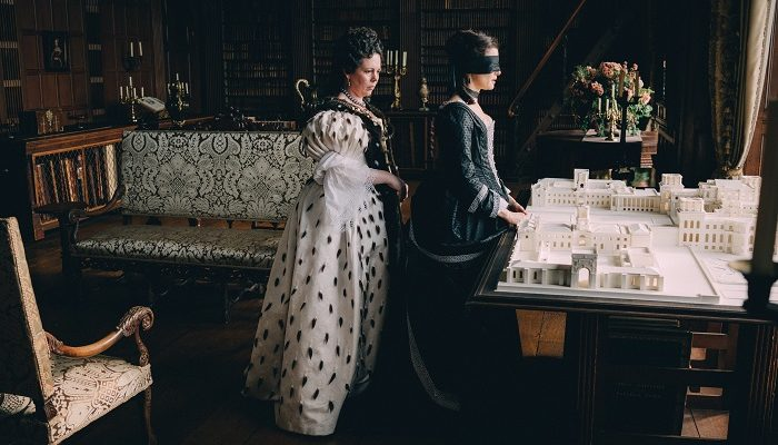 Olivia Colman and Rachel Weisz in the film THE FAVOURITE. Photo by Atsushi Nishijima.© 2018 Twentieth Century Fox Film Corporation All Rights Reserved