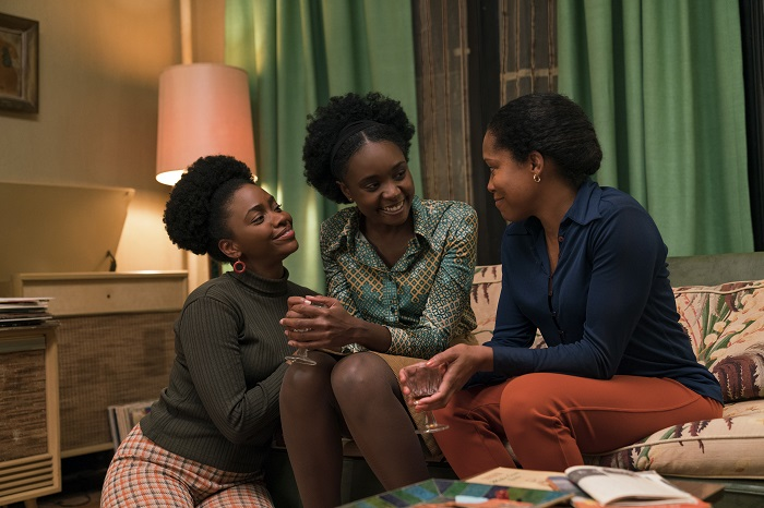 Teyonah Parris as Ernestine, KiKi Layne as Tish, and Regina King as Sharon star in Barry Jenkins' IF BEALE STREET COULD TALK, an Annapurna Pictures release. Photo: Tatum Mangus / Annapurna Pictures.
