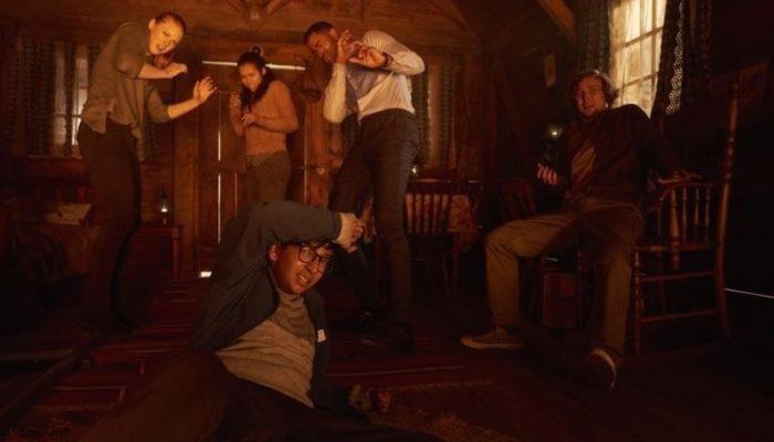 Jay Ellis, Logan Miller, Deborah Ann Woll, Taylor Russell, and Nik Dodani in Escape Room (2019)