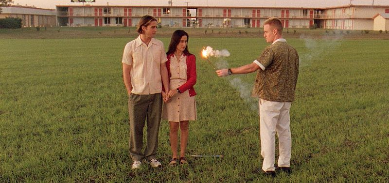 Lumi Cavazos, Luke Wilson, and Owen Wilson in Bottle Rocket (1996)