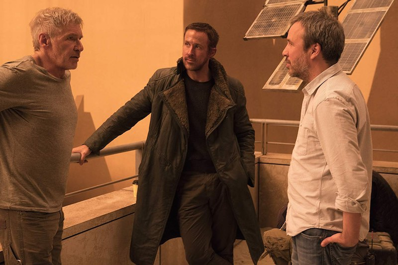 Harrison Ford, Ryan Gosling, and Denis Villeneuve in Blade Runner 2049 (2017)