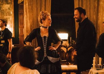 Yorgos Lanthimos and Emma Stone in The Favourite (2018)