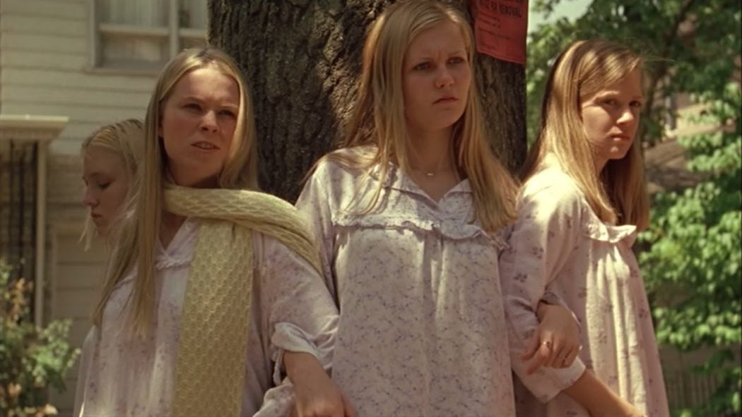 Kirsten Dunst, A.J. Cook, Leslie Hayman, and Chelse Swain in The Virgin Suicides (1999)